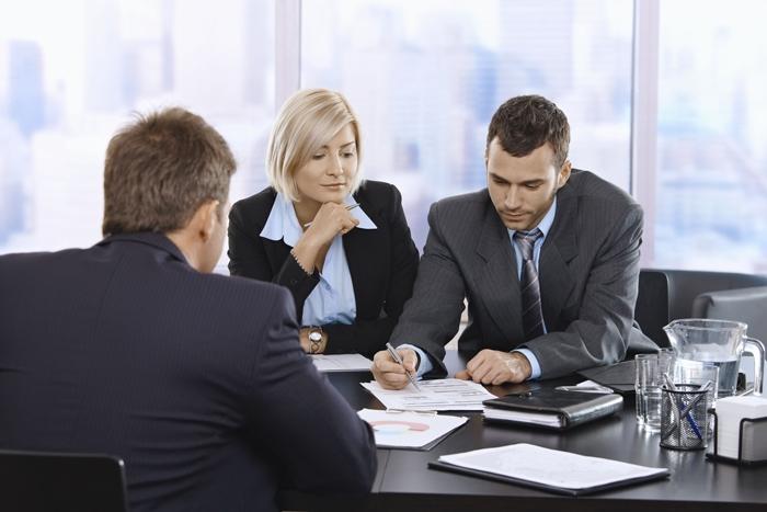 Cabinet d'avocats Laval | Bureau d'avocat Laval | Conseils ... Бизнес Совещание
