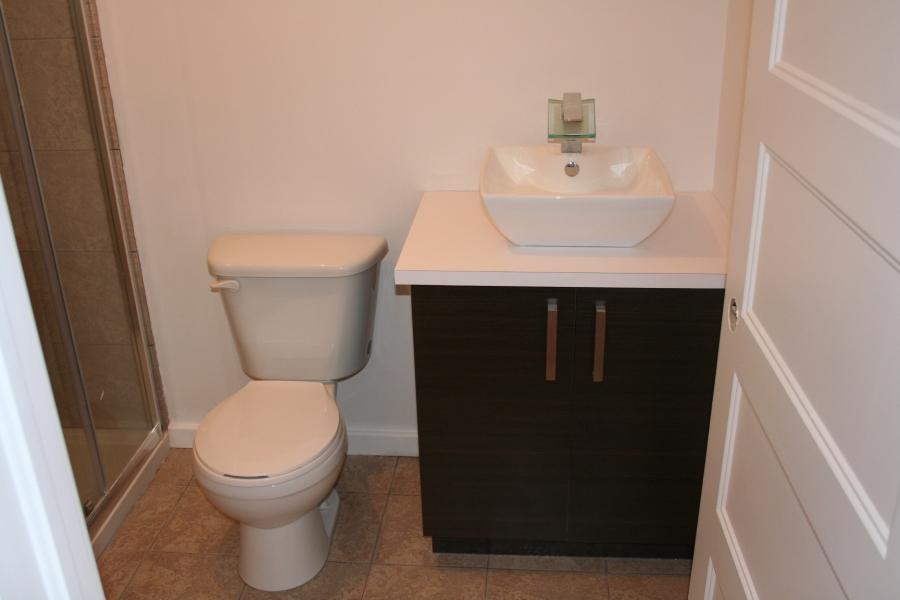 Installation de salle de bain au sous sol - Salle de bain sous sol ...