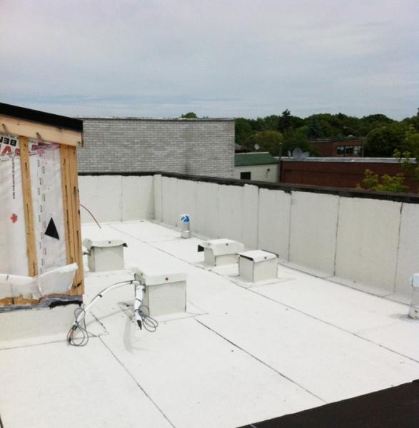 refaire un toit plat refaire un toit refaire toiture 39 39 toit plat 39 39 en lastom re pour. Black Bedroom Furniture Sets. Home Design Ideas