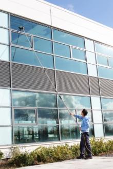 Lavage de vitres et vitrines longueuil brossard for Lavage de fenetre
